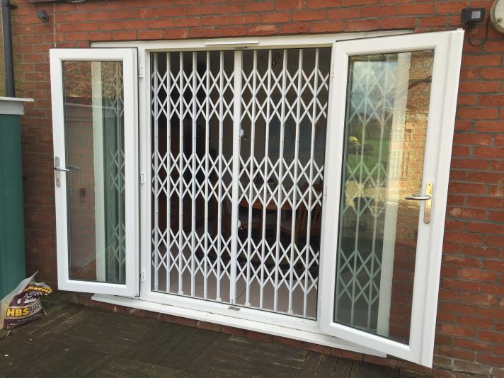 Security Grilles Roller Shutters Aylesbury Lock Amp Key